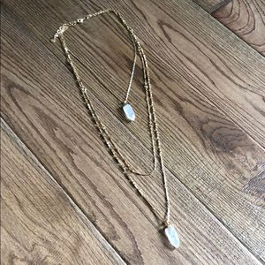 Stella and Dot Aria Pendant necklace in gold